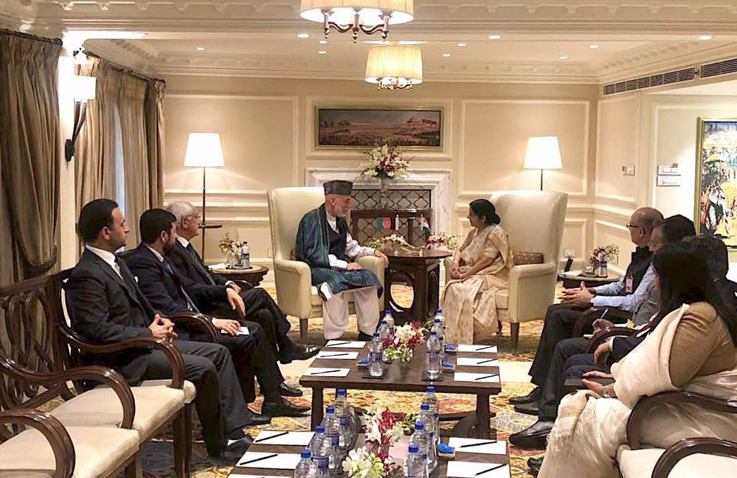 Former Pres. @KarzaiH met with @SushmaSwaraj, Min. of External Affairs of India, in New Delhi on Friday.The former Pres. extended his condolences to Honble Swaraj on the sad demise of late Atal Bihari Vajpayee.The two sides also exchanged views on the profound friendly relations