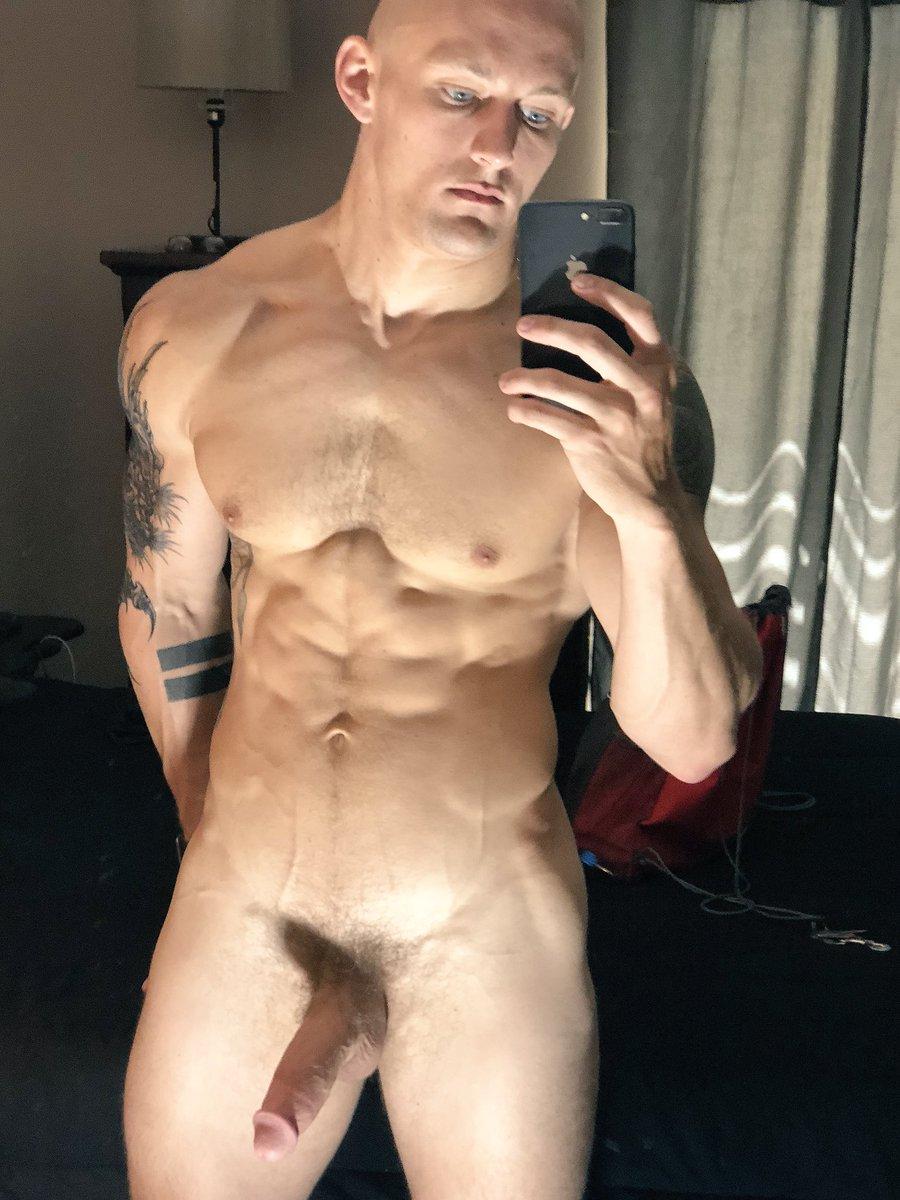 Light skinned guys nude — img 13