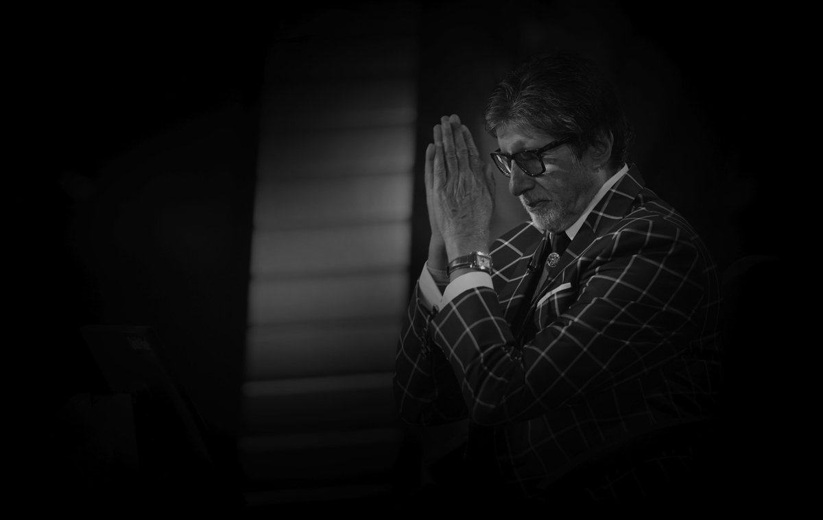 T 2904 - KBC begins again .. !! Its been 18 years and the 10th season now .. been a long association , never possible without your love and support ..🙏🙏🌹🌹