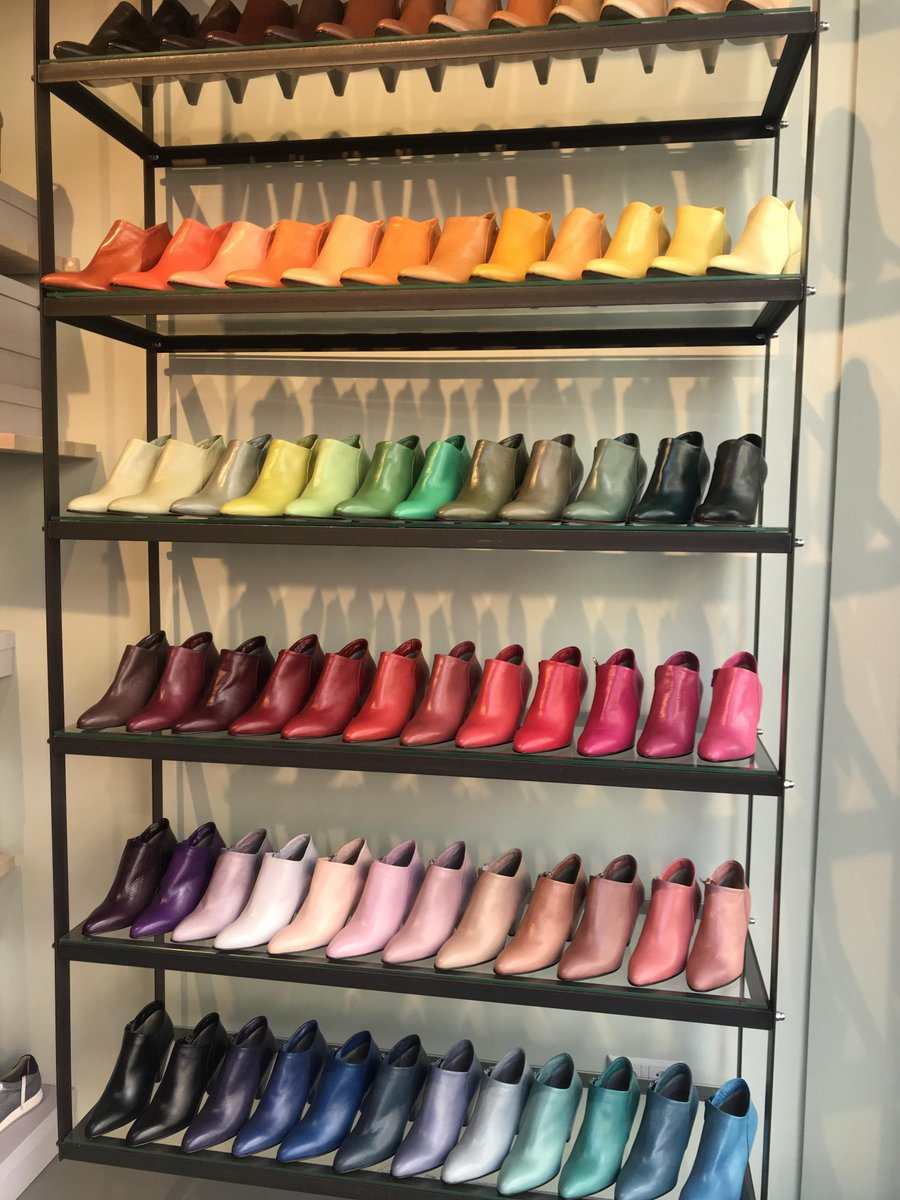 This colored shoe shelf