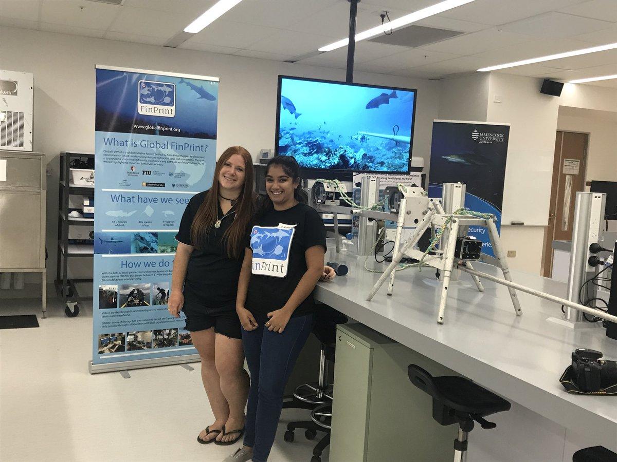 The @globalfinprint display at #JCUOpenDay is all set. @SammSherman27 and @sush_mukherji ready to talk all things #SharkScience. @jcu @CSTFA_JCU @enviro_sci<br>http://pic.twitter.com/qncMCWuvpO