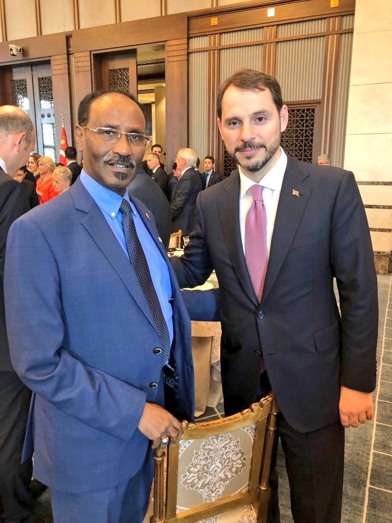 It was a pleasure to meet my Turkish counterpart @BeratAlbayrak  yesterday on the sidelines of our official visit. I congratulated him on his new role &amp; wished him well. Turkey is a valuable partner in #Somalia &amp; to the Somali people @TC_Mogadishu<br>http://pic.twitter.com/vxK31uJaDK