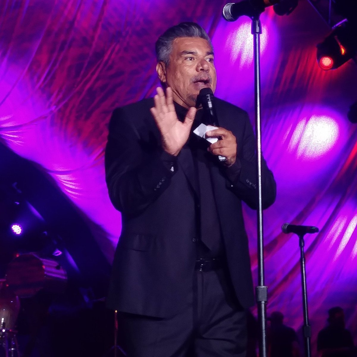A #KENS5eyewitness sent us this photo of George Lopez, who is emceeing the Thomas J. Henry 25th Anniversary Party at the Henry B. Gonzalez Convention Center downtown. The party will reportedly also feature Austin Mahone, Maroon 5, Li&#39;l Jon, Enrique Iglesias, and the Chainsmokers. <br>http://pic.twitter.com/bOQ0ZE0468