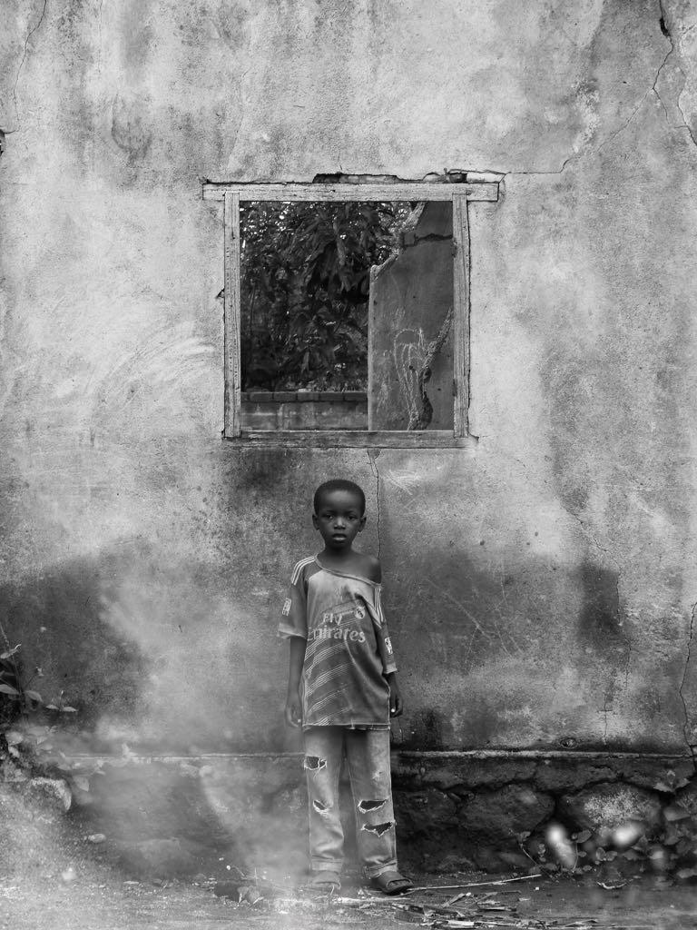 Les civils ne sont #PasDesCibles Les civils ne sont  Les civils ne sont  Les civils ne sont  Les civils ne sont   Partager ce message en cette Journée mondiale de l'aide humanitaire.  https://t.co/5IykVnONLG#Notatarget