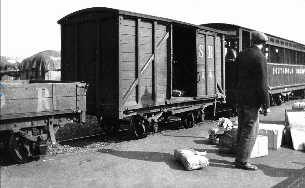 Dk9LT2bX0AAHeWj - The Southwold Railway