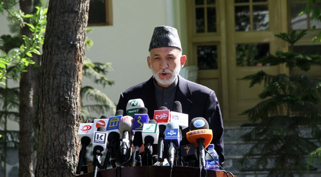 Karzai reiterates call for Loya Jirga to resolve crisis: By Abasin Zaheer on 19 August 2018 KABUL (Pajhwok): Former President Hamid Karzai has termed the ongoing conflict an occupation which according to him imposed by some... read more dlvr.it/QgNgGd