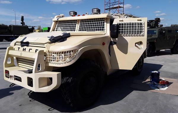 روسيا ستطور نسخه جديده من عربات Tigr قادره على الصمود امام الغام توازي 2 كغم TNT  Dk9cPZhXgAEnTnE