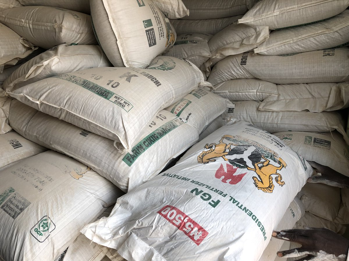 SPECIAL REPORT: How President @MBuhari's Presidential Fertiliser Initiative (PFI) programme boosts fertiliser supply for farming in Nigeria.  Read the Special Report by @PremiumTimesng here —  https:// goo.gl/6RQz3V  &nbsp;    Kindly RT<br>http://pic.twitter.com/qnaWb54w8L