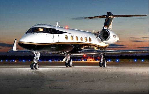 #JETFORSALE: #Gulfstream #GIVSP, Serial No 1394 ~13-Passengers ~1 Owner ~Fresh 96-Month Insp ~TCAS II Change 7.1 ~APU on MSP ~BriteParts, HAPP, MPP ~FANS 1/A, CPDLC, ADS-B Out   Call +1-203-453-0800 or visit  https:// bit.ly/2ngHbuC  &nbsp;   #bizav #airplane #aviation #corporatejet #flying<br>http://pic.twitter.com/mLV0DzhBJj