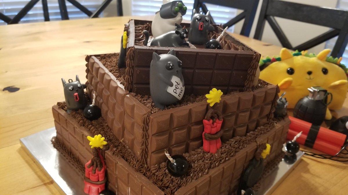 Superb Kris On Twitter Oatmeal Exploding Kittens Birthday Cake Funny Birthday Cards Online Elaedamsfinfo