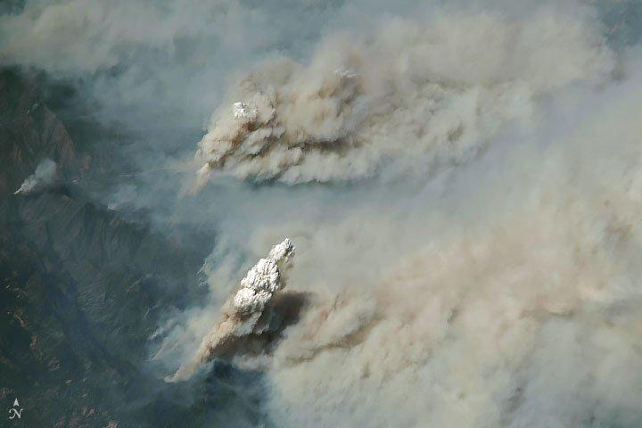 Smoke Plumes Tower Over California https://t.co/fezeNMxN1S #NASA #California #CaliforniaWildfires