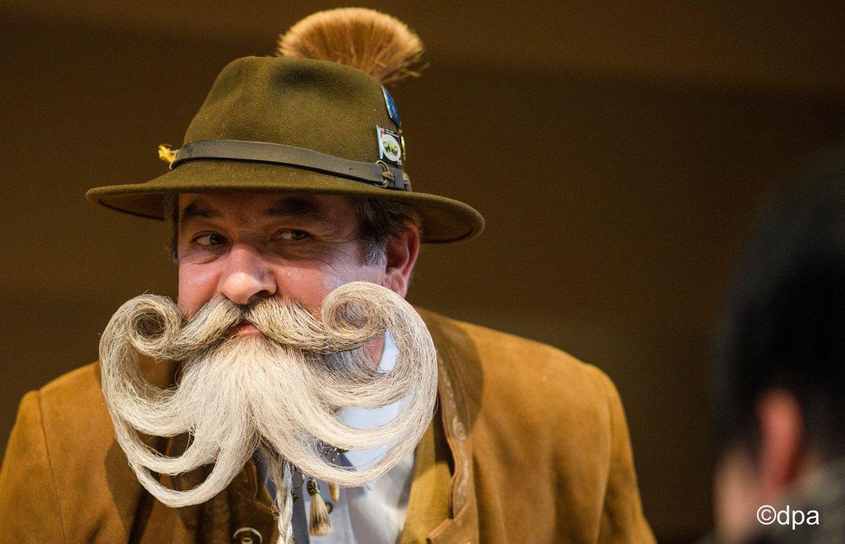 ドイツで2年に一度開催されている髭コンテスト。個性的な髭が揃っていますが、若い後継者があまりいないのが悩みだそうです。 #髭の日 #イケオジ