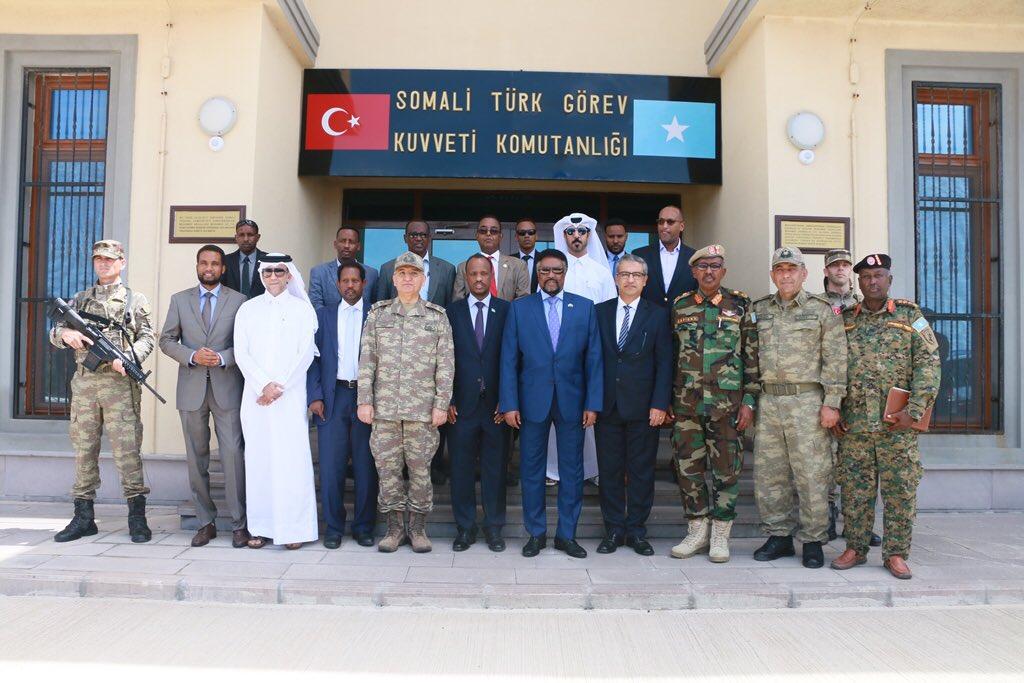 تركيا تخرج أوّل دفعة ضباط صف في الصومال من قاعدتها العسكرية DkDSUUcXgAEGQL8