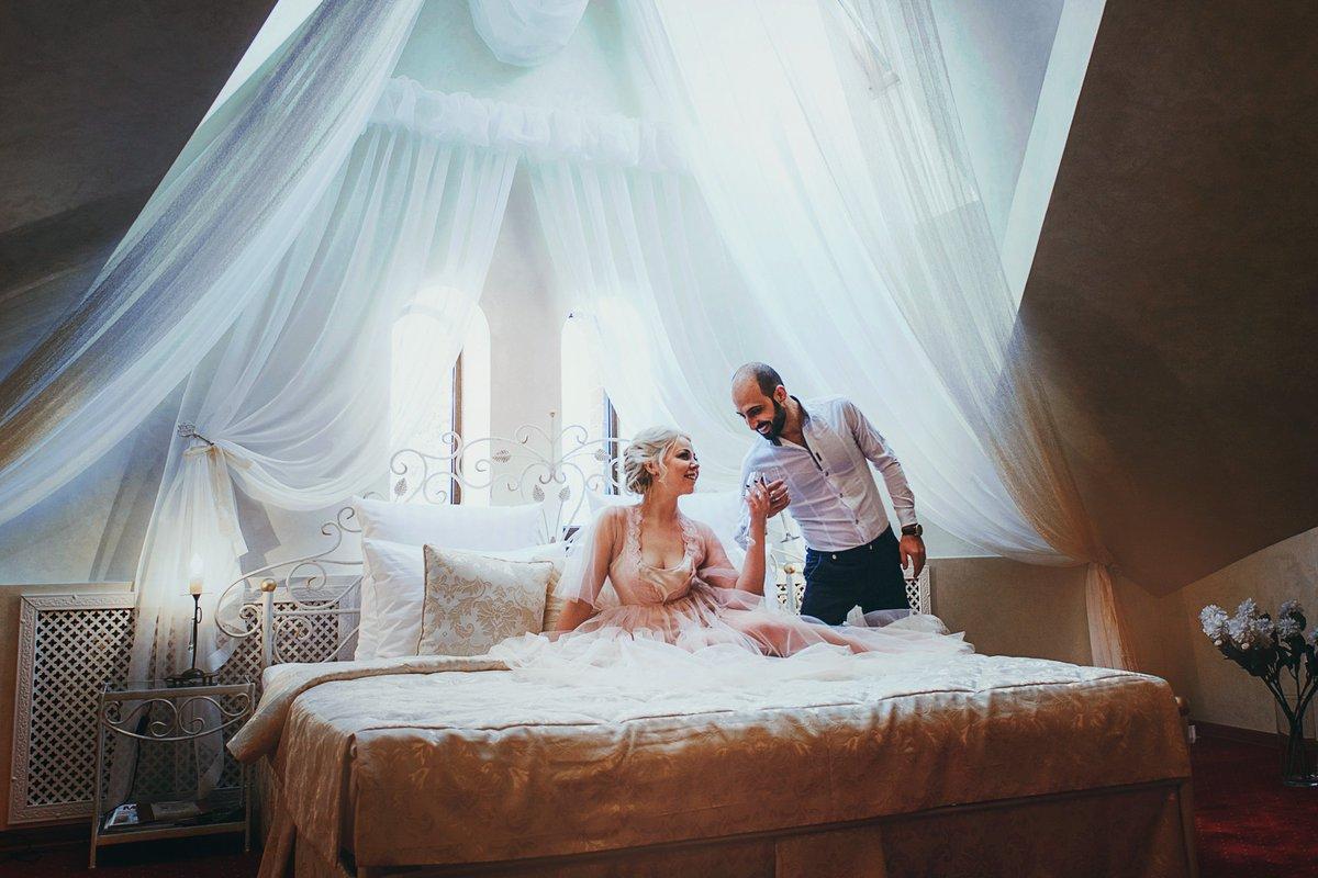 Фотосет перед первой брачной ночью, частное порно толстых жоп