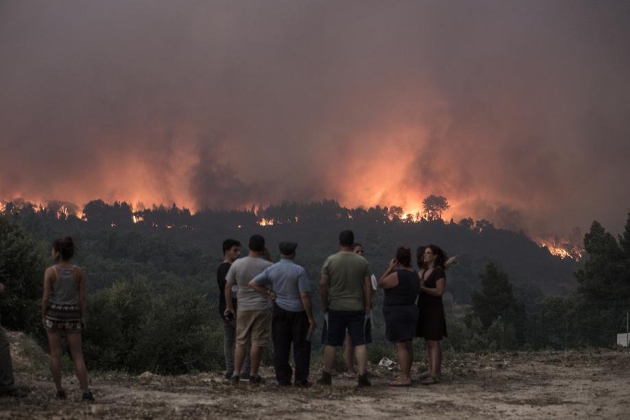 Major Portuguese wildfire defies attempts to halt it https://t.co/ckACnFocLe