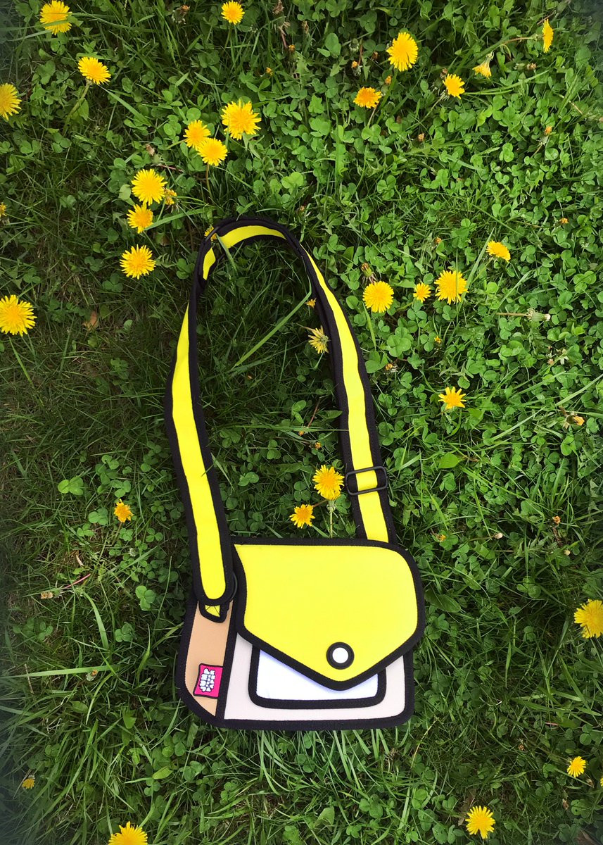 In bloom: 🌸🌸🌸the bags of the summer🕶🕶☀️ 📷Photographer: @_hollysmith  #jumpfrompaper #cartoonbags #cartoon #wednesday #fun #cool #happy #summer2018 #photooftheday #yellow https://t.co/qjwaAkq5Rk