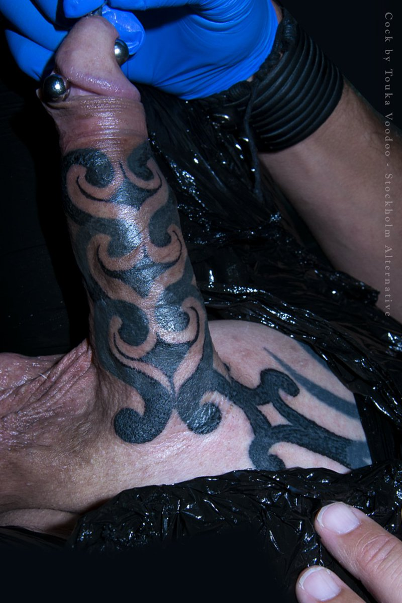 Tattooed slut loves to suck cock
