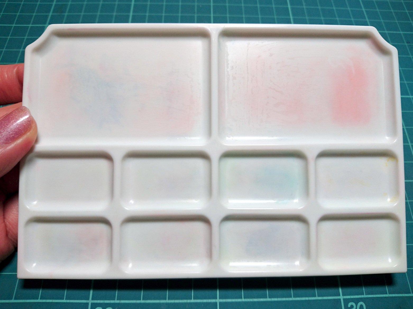 えるしっているか 洗っても落ちないパレットの汚れは 消しゴムで綺麗に消せる