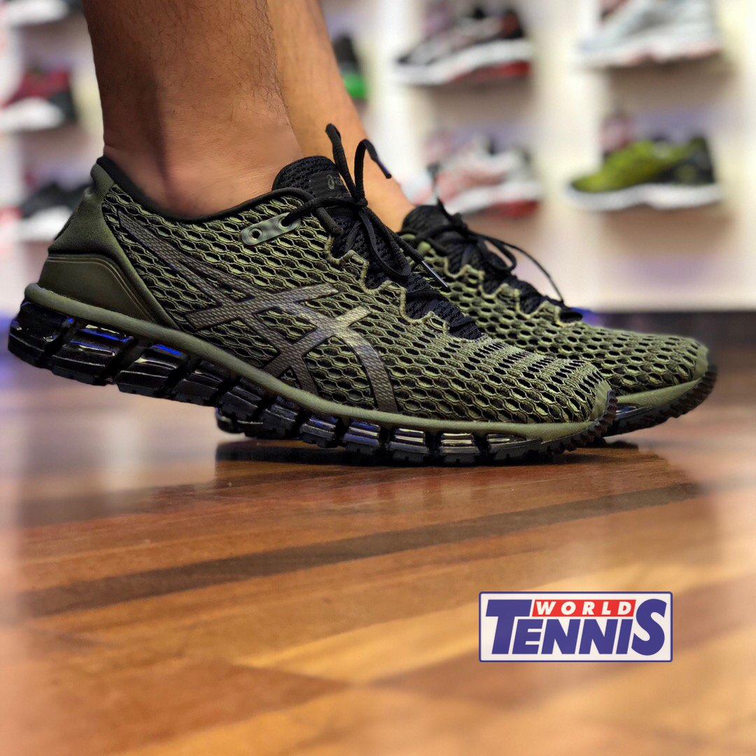 011819f2554 Já nas lojas World Tennis!  asics  asicsgel  worldtennis  wtennis  tenis   tênis  running  corrida  runningshoes  trainningpic.twitter.com SX5tut0jtY