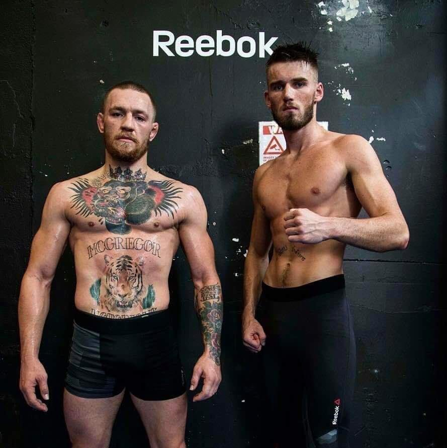a9c53723364 King Conor McGregor Fans on Twitter
