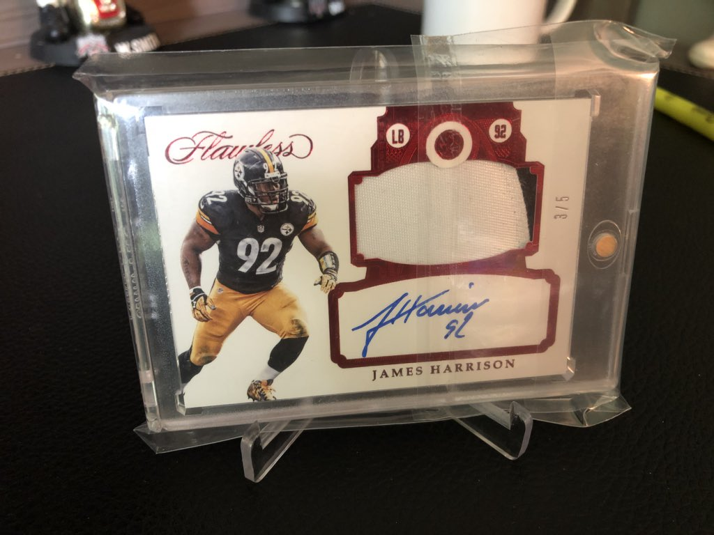 James Harrison Flawless /5   -auto (on-card) -2 color patch -SSP  3/5  #Steelers #nfl #WhoDoYouCollect   FS/FT  Slide into our DMs to get these offers rolling   Tap the hashtag #FTbcbFS to see more cards before they hit eBay or a Tough Breaks envelope!<br>http://pic.twitter.com/9r8Yp1rCVC