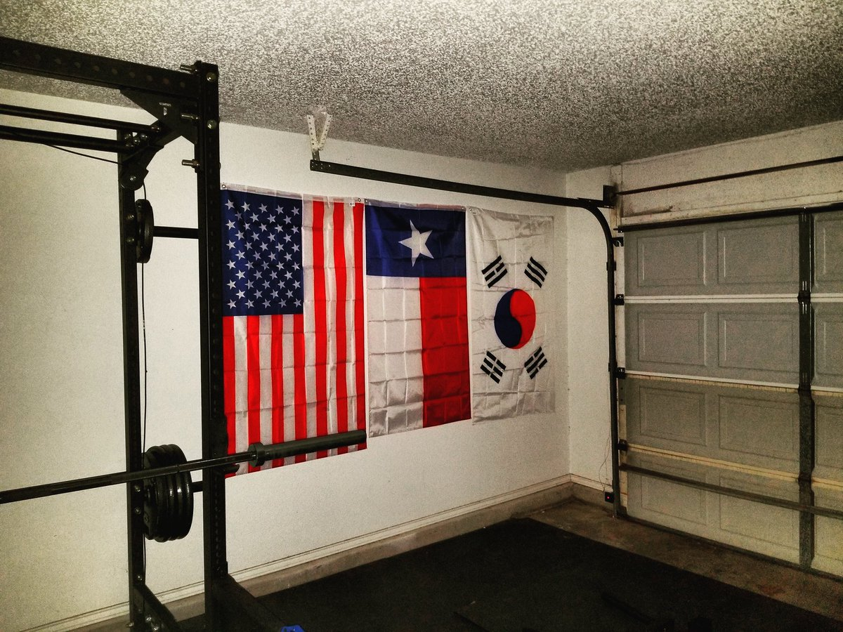 Workout room decor turn a corner in your spacious into zone gym