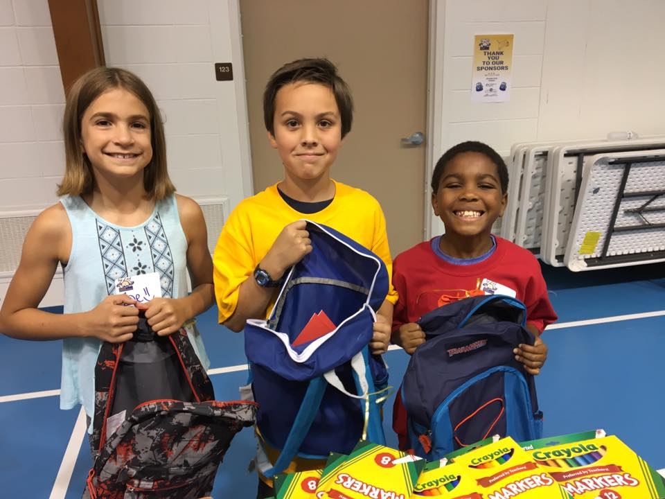 A3. #UWSM is proud to partner with businesses and organizations in Cass County to present School Supply Spectacular, an annual event that provides free backpacks with age-appropriate school supplies to low-income students throughout Cass County. #unitedwaychat #liveunited<br>http://pic.twitter.com/CjiOrB5uTr