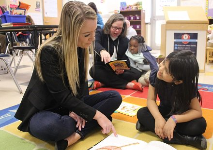 A3 Recent studies show only 39 percent of Charlotte-Mecklenburg's third-graders are reading at grade level. Our newest volunteer program Tutor Charlotte aims to help students beat these odds #UnitedWayChat #TutorCLT<br>http://pic.twitter.com/07opcPcX3S