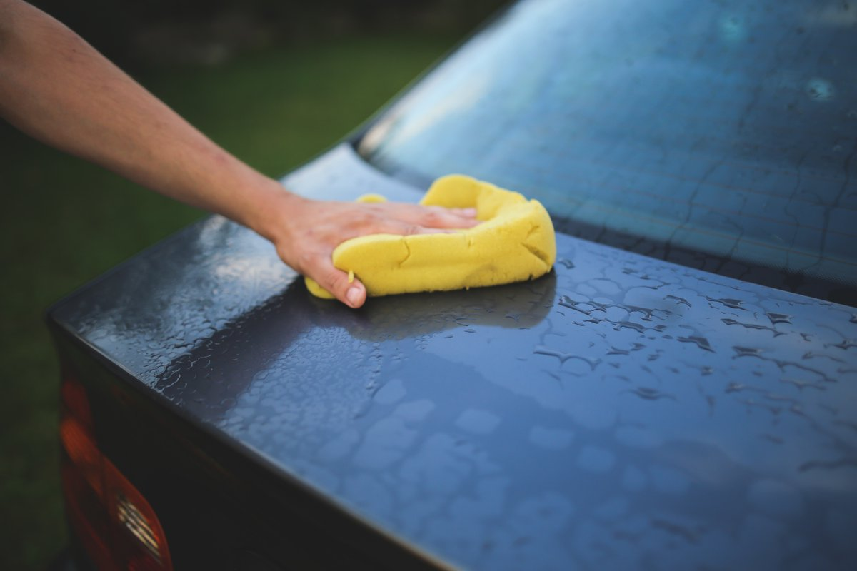 Ready to do some deep spring cleaning in your car? Using natural cleaners is not only safer, but it&#39;s also healthier for the environment. #GreenCleaningTips #EarthWeek  http:// pbxx.it/sRaTrC  &nbsp;  <br>http://pic.twitter.com/ixjcX9FlmL