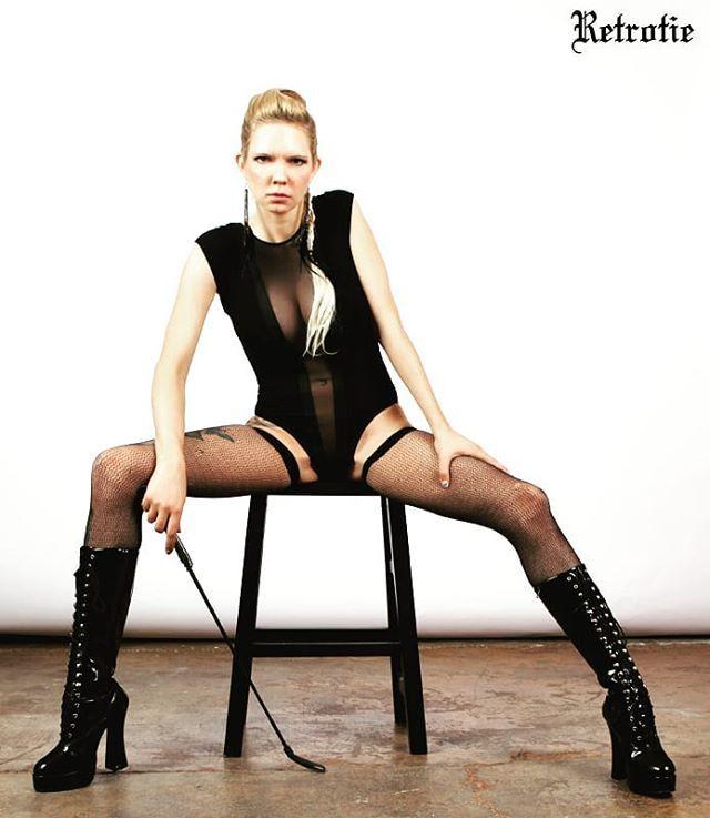 We are not amused. #allblackeverything #blonde #blackboots...