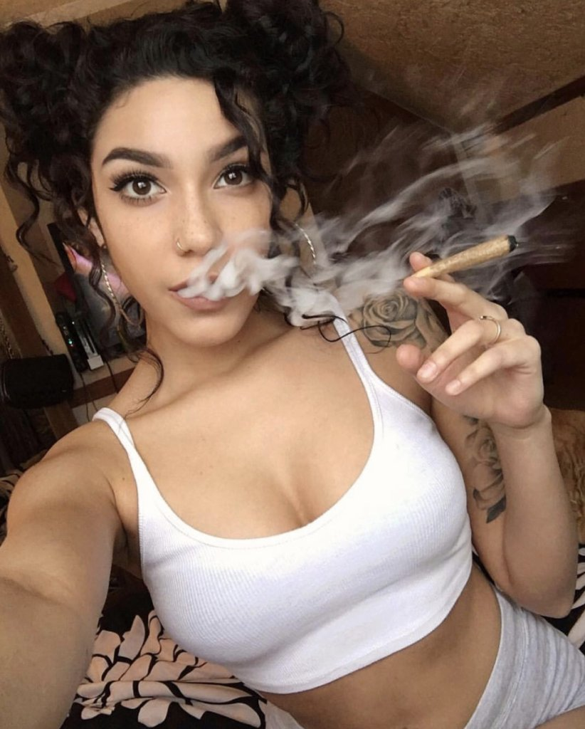 Pictures of women smoking weed naked