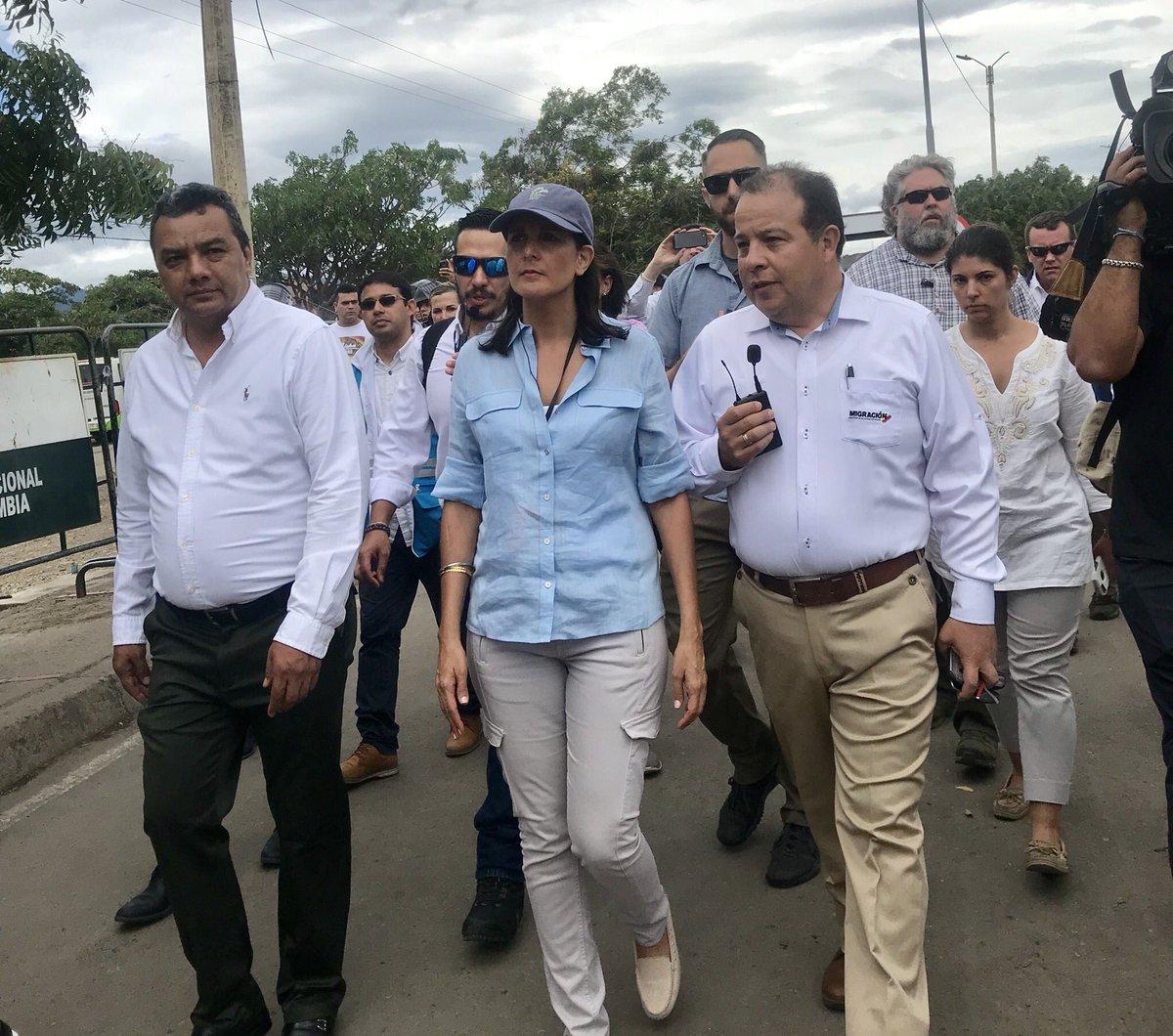 Venezuela-Colombia - Página 5 DkHUTD1XcAA7g5v