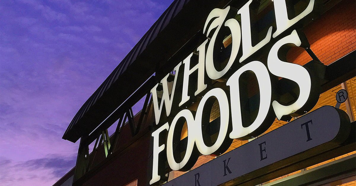 #Amazon turns #Whole_Foods into a #drive_through with new curbside pickup service https://t.co/iwNxd2zrx2 https://t.co/8ZeULjhpqX