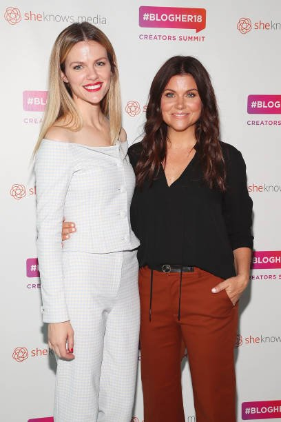 @BrooklynDecker and @TiffaniThiessen together at the #BlogHer2018 Creators Summit