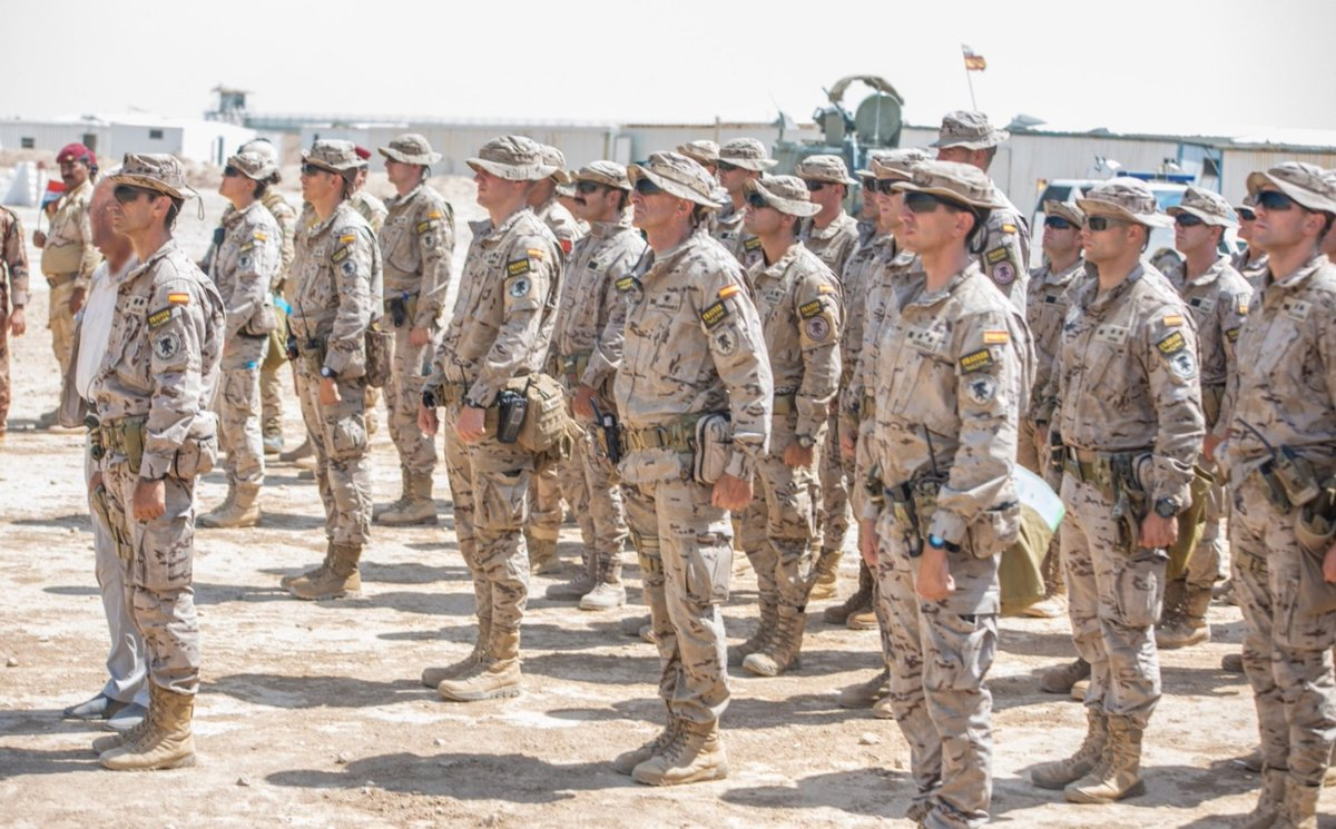جهود التحالف الدولي لتدريب وتاهيل وحدات الجيش العراقي .......متجدد - صفحة 3 DkI-vHRUYAA1TzB