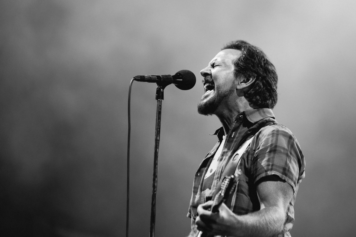 Learn more about #TheHomeShows Initiatives here pearljam.com/thehomeshows/s…