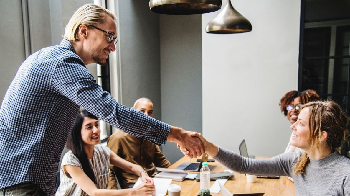 How can businesses help close the gender gap in the tech industry?  http:// ow.ly/pfpt30lhwKz  &nbsp;    #Enterprise #Cloud #Web #Techindustry #Genderdiversity #STEM #womenintech #Diversityintech #STEMCareers #careersintech #Tech #Technology<br>http://pic.twitter.com/E51he5TOlk