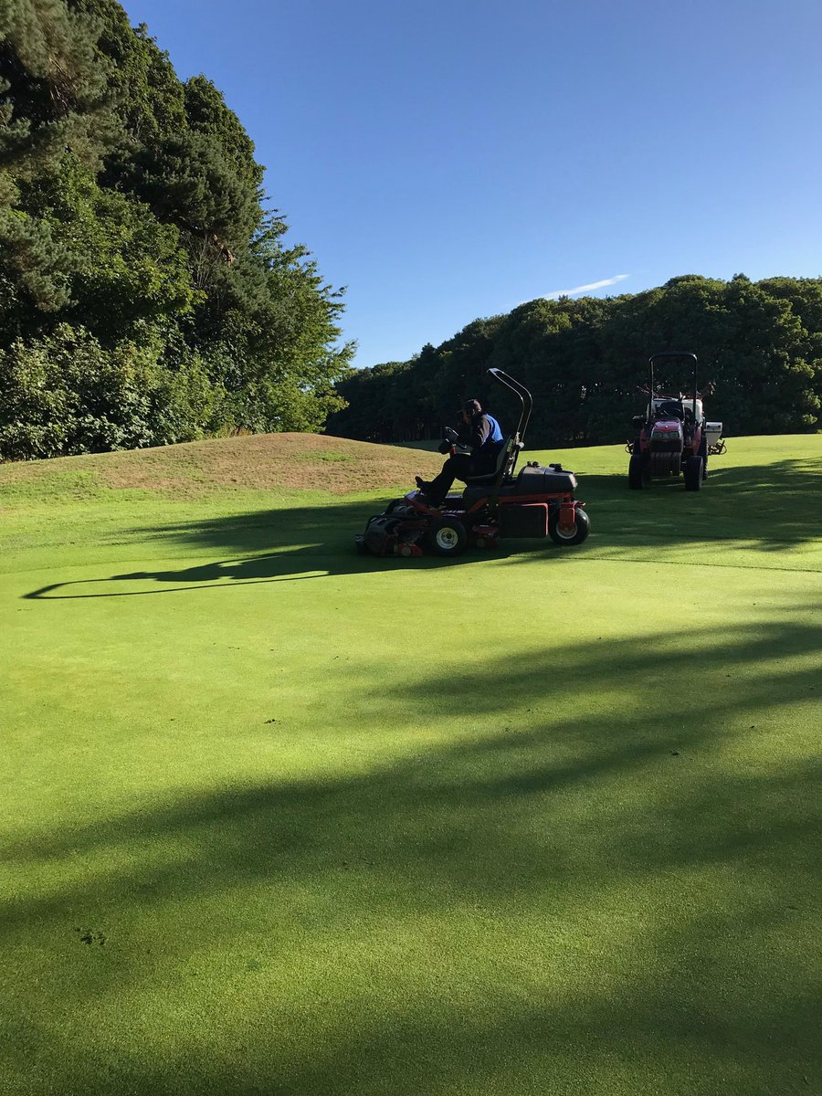 test Twitter Media - Bit of work to the greens this morning , brushed and thatch away , brush and cut then liquid with plantmax and seaweed with 12.4.6 https://t.co/v7mQRguDBo