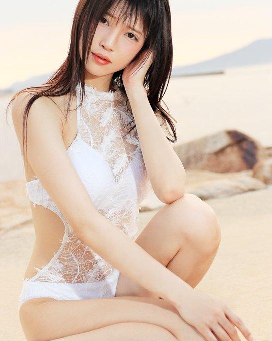 グラビアアイドル南楓のTwitter自撮りエロ画像23