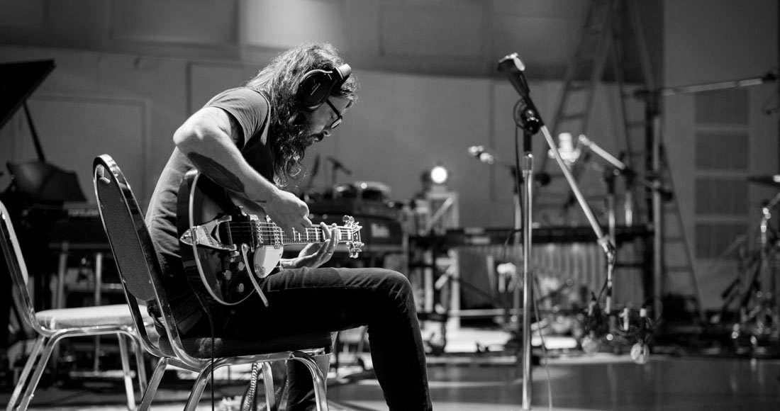 Dave Grohl releases 23-minute song PLAY: bit.ly/2M8Kdzb