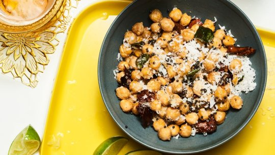 New post (Chickpea Sundal Vegan and Vegetarian Recipes!) has been published on Edakulinar - https://t.co/onugkg43a1 https://t.co/zhhZ3PdOEY