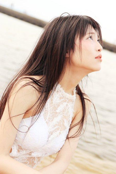 グラビアアイドル南楓のTwitter自撮りエロ画像24