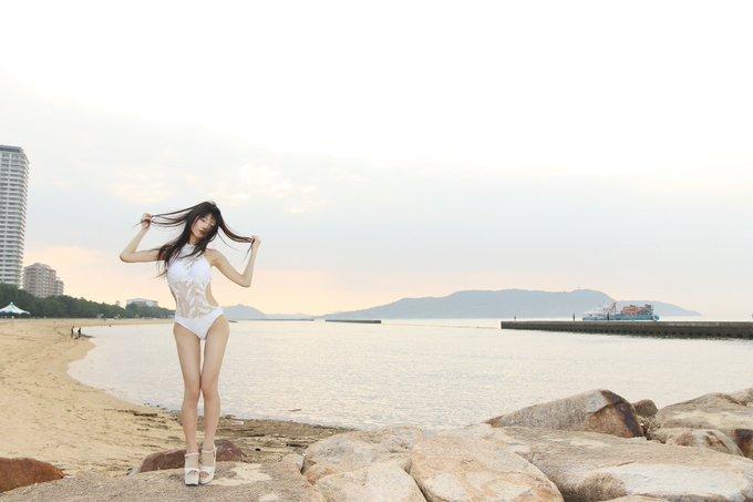 グラビアアイドル南楓のTwitter自撮りエロ画像25