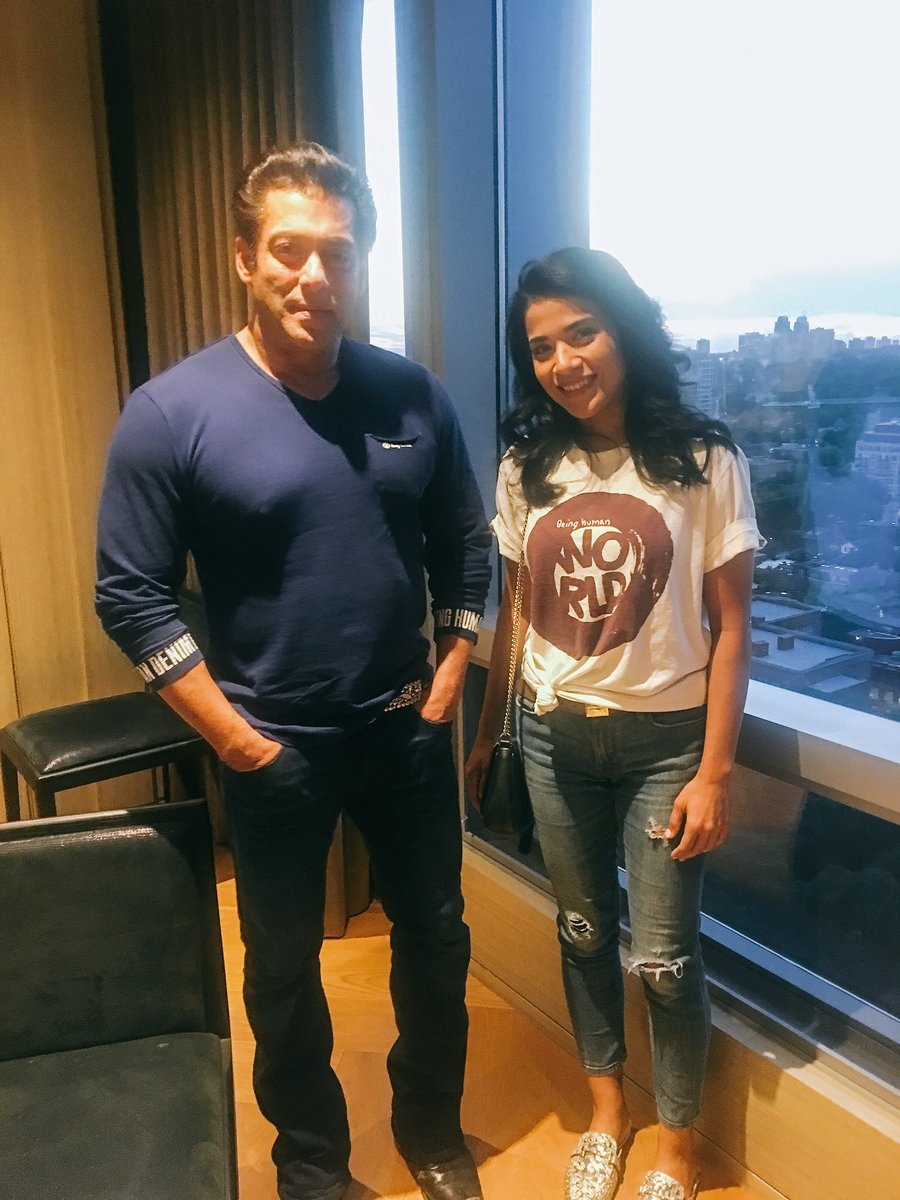 Can't believe I had the pleasure of meeting @BeingSalmanKhan almost a month ago...Thank you for taking the time to meet with me  #Throwback #ThrowbackThursday #SalmanKhan #Bollywood #ThursdayMotivation #toronto #Entrepreneur @gotballz_ca #follow #gotBALLZ #keepBALLING<br>http://pic.twitter.com/J6iOcSnqhN
