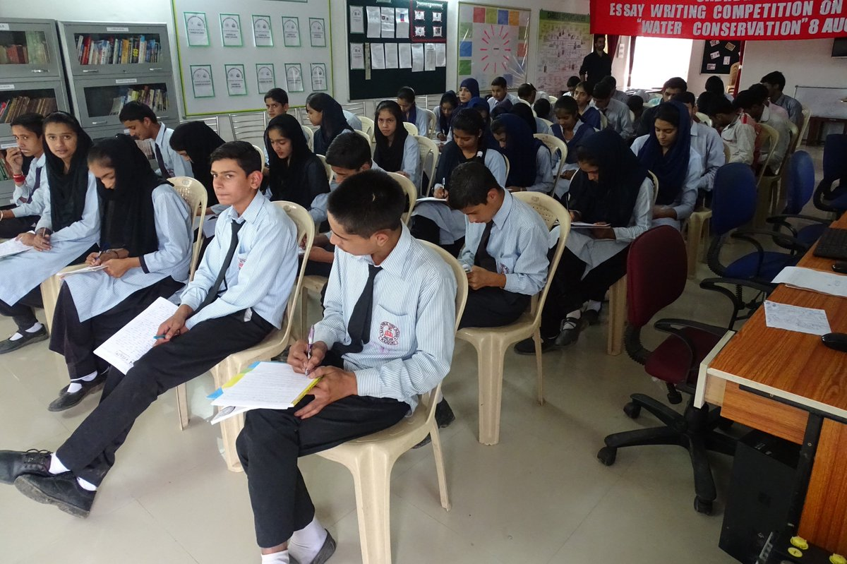 online essay writing competition 2014 in india About online essay contest the essay competition provides a unique platform to encourage students to showcase their expressions in writing on the online essay competition is for students in those schools where tata building india school essay competition is not held at the school level.