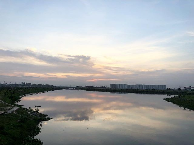 test Twitter Media - When reflection is stronger than the sky!#evening #lake #Sky #Reflection #water #serene #serenity #iphonex #August #AugustSky #travelgram #instagram #iphonephotography #Dhaka #Uttara #DiyaBari https://t.co/J0eyohFugB https://t.co/uA7YWg97OQ