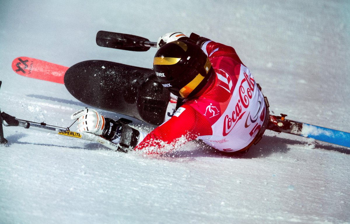 Oof! Kenji Natsume hits the surface on the @pyeongchang2018 slopes!  #ThrowbackThursday @InfoParaspo @parasapo : @OISphotos<br>http://pic.twitter.com/SeBD4FlfPK