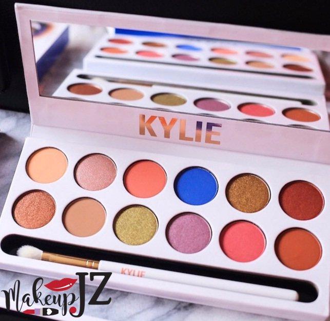 Sombra kylie  Precio al +58 (414) 638-7032 #Makeup.JZ #SomosDistribuidores #Maquillaje #mujer #coqueta #fashion #ventas #ventasonline  - Ukustom