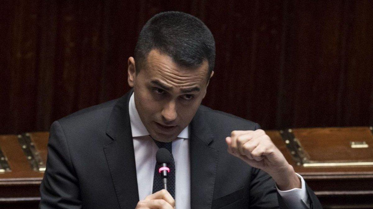 Di Maio: in manovra reddito, flat tax e Fornero rispettando vincoli #luigidimaio http://mdst.it/02a3157117/  - Ukustom