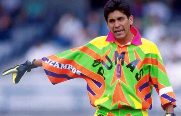 Jorge Campos had the tightest goalie jerseys soccer's ever seen. https://t.co/s2omvqF8uT https://t.co/COCCw4tVxg